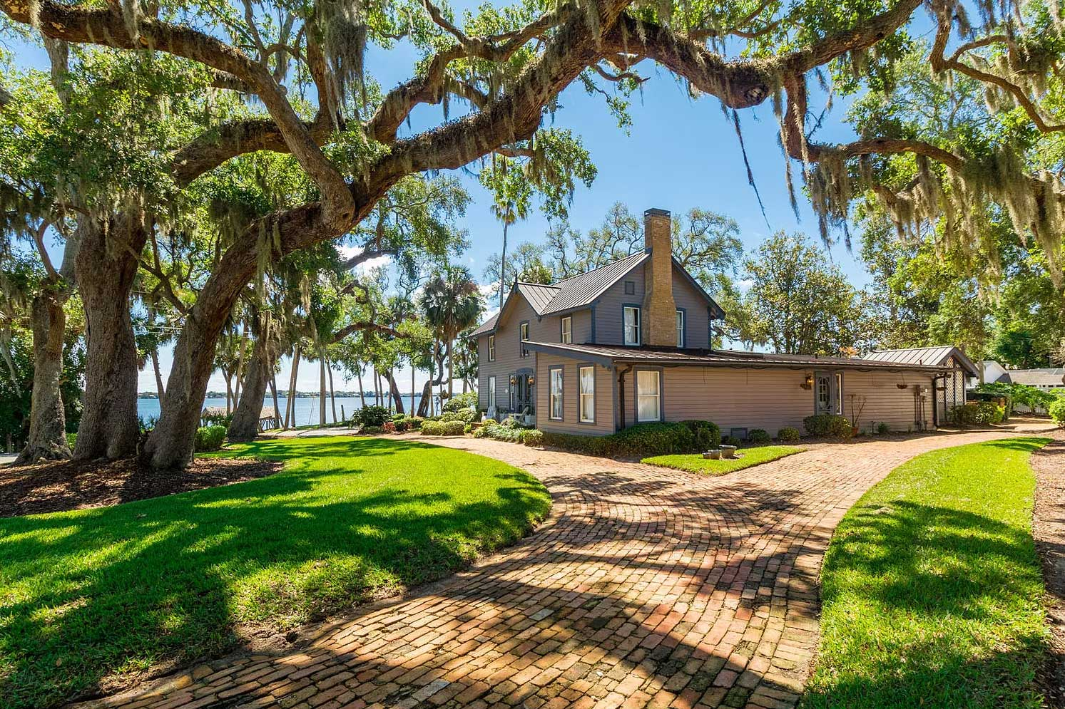 9 Beautiful Historical Houses For Sale in Central East Florida Right Now