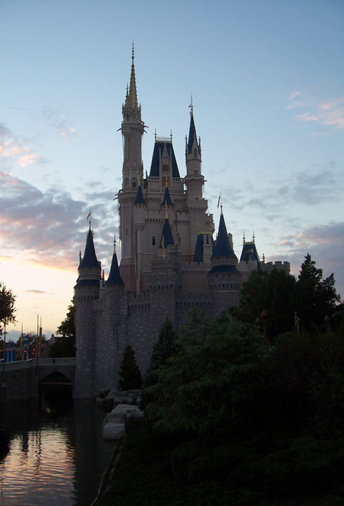 Disney Closing for Hurricane Irma
