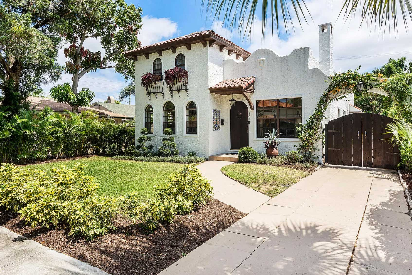 9 Beautiful Historic Houses For Sale In Southeast Florida Right Now Florida Smart
